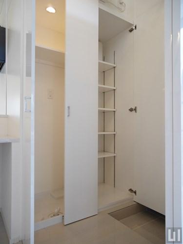 1DK 30.68㎡タイプ - 玄関・下足入れ・洗濯機置き場