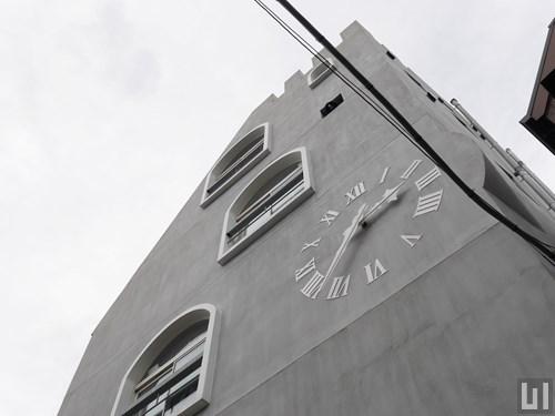 アリコット・トゥルム - マンション外観