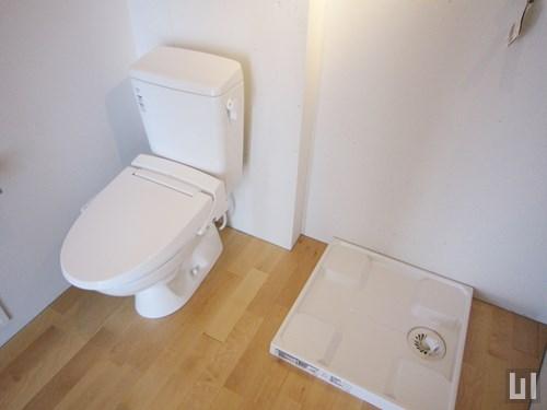 401号室 - トイレ・洗濯機置き場