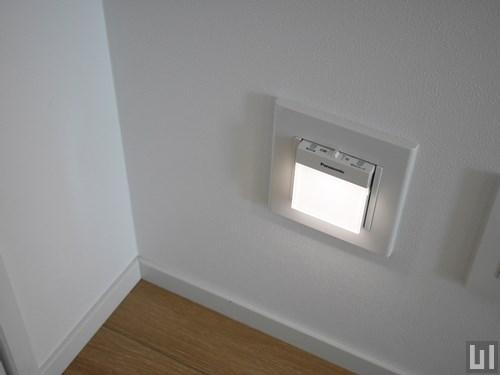 4階-6階A号室タイプ - 玄関・非常灯