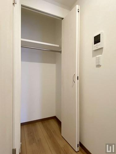 1LDK 41.99㎡タイプ - 洗面室横クローゼット