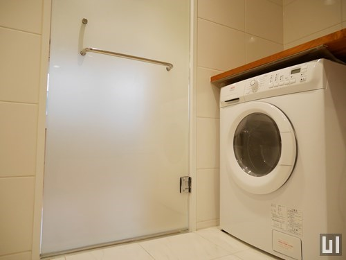 Cタイプ - ドラム式洗濯機
