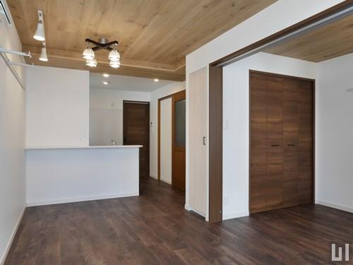 南欧スタイル・02号室 - リビング・洋室