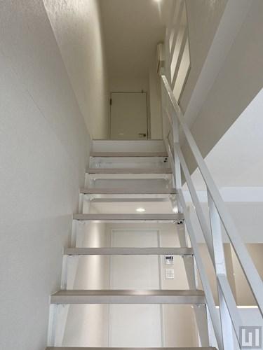 1LDK 52.62㎡タイプ - 階段