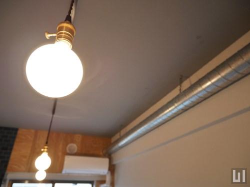 リノベーション - 洋室・照明