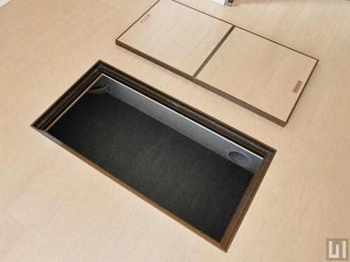 Dタイプ - 洋室・床下収納