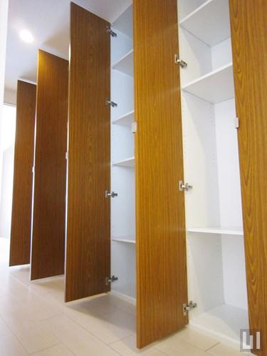 Fタイプ - 玄関・収納棚