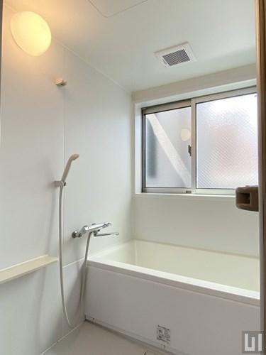 03号室 - バスルーム