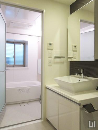 F1タイプ - 洗面室