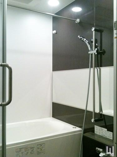 Rタイプ - バスルーム