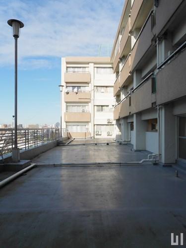 3階共用部ルーフバルコニー