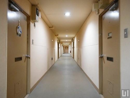 5階共用廊下