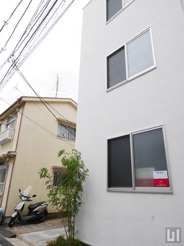 E-1 イーワン - アパート外観