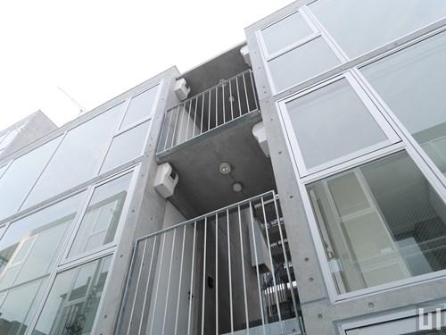 マンション敷地内階段