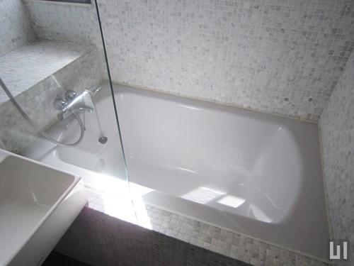 1K 23.11㎡タイプ - 洗面室・バスタブ