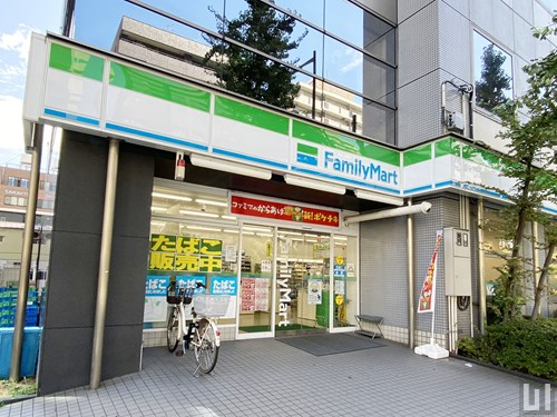 ファミリーマート 江戸川橋駅西店