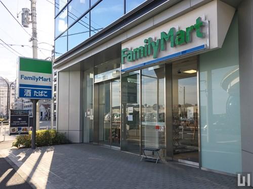 ファミリーマート オンワードベイパークビル店