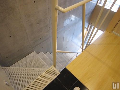 Bタイプ - 階段