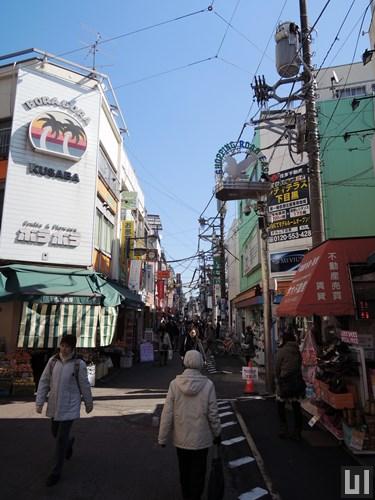 学芸大学駅 - 商店街