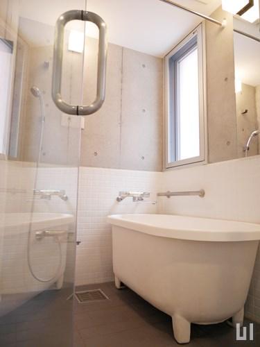 N207 - バスルーム