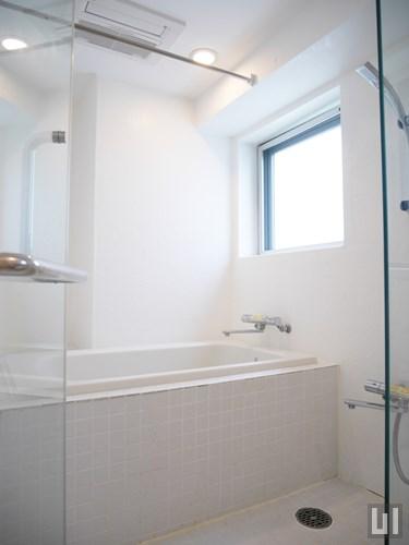 S211 - バスルーム