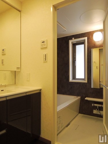 Cタイプ - 洗面室・バスルーム