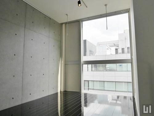 Rタイプ - 洋室