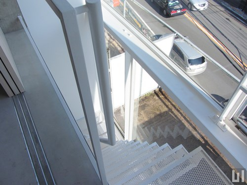 1R 35.12㎡タイプ - 階段