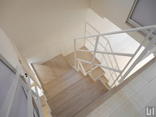 2LDK 60.88㎡タイプ - 階段
