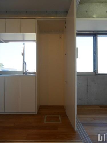 A'タイプ - キッチン横スペース
