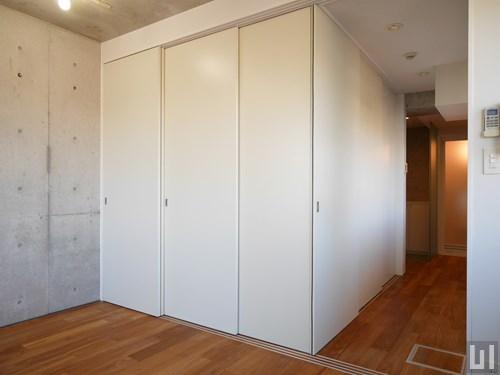 A'タイプ - サービスルーム