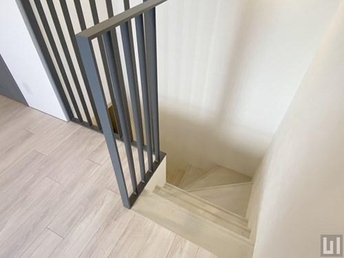 Aタイプ - 階段