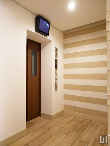 防犯モニター付エレベーター