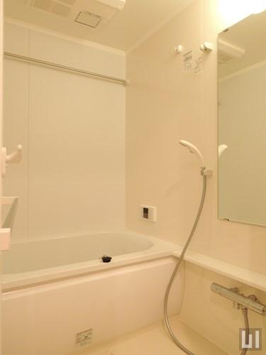 A1タイプ・ホワイト - バスルーム