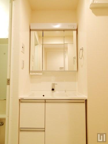 A1タイプ・ホワイト -洗面室