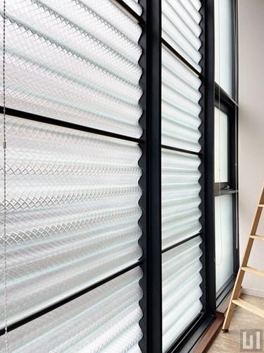 1R 49.60㎡タイプ - 洋室・窓