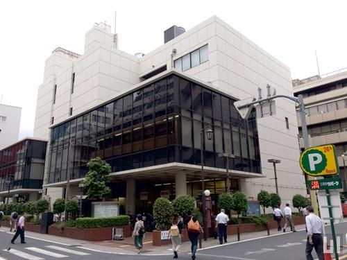 港区立図書館 三田図書館