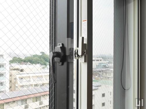 リノベーション - 洋室窓・二重サッシ
