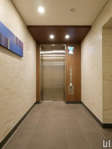 監視モニター付エレベーター