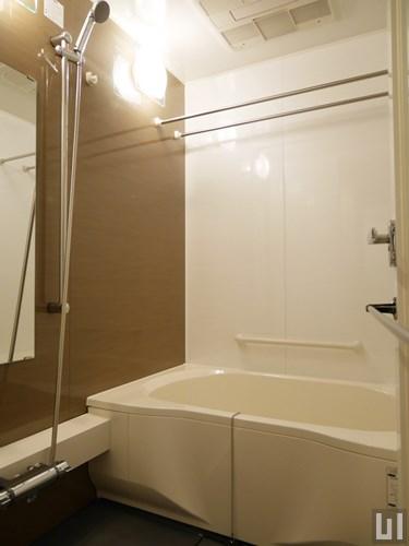 E1タイプ - バスルーム