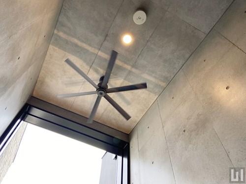 共用廊下・天井
