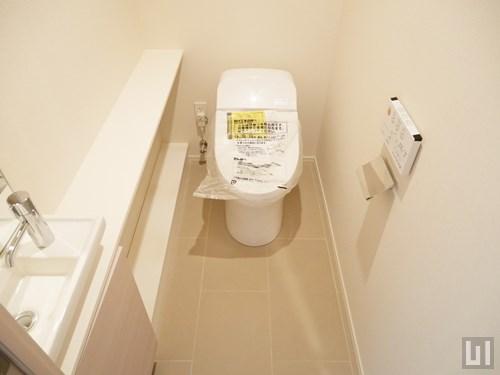 E'タイプ - トイレ