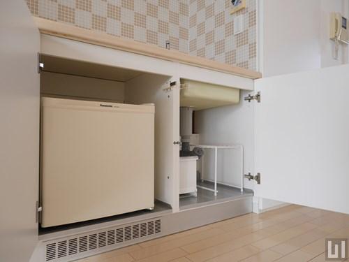 Aタイプ - 小型冷蔵庫