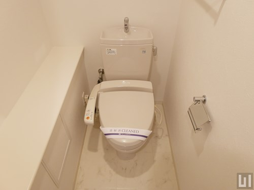 Rタイプ - トイレ