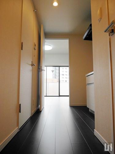 Cタイプ - 廊下・キッチン