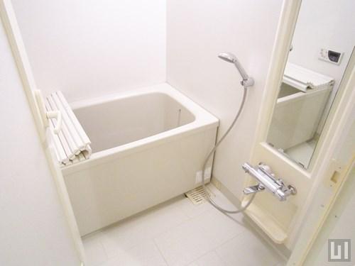 Hタイプ - 1階バスルーム