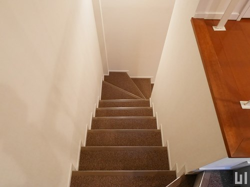 70Eタイプ - 階段