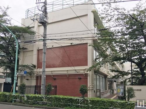 渋谷区立臨川みんなの図書館