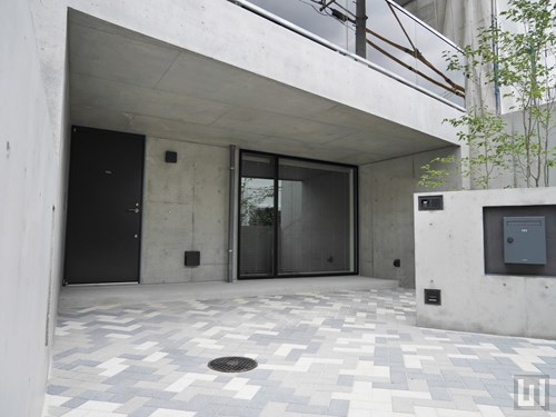 Aタイプ - 玄関・駐車場
