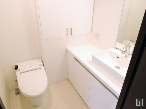 Lタイプ - 洗面台・トイレ